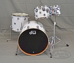 DW Collector's Series Maple Mahogany White Glass Drum Shell Pack 22/10/12/16