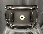 Tama Snare Drum Metalworks 5.5x10 Steel 1.2mm Shell in Matte Black Finish w/ Bracket for L-Rod