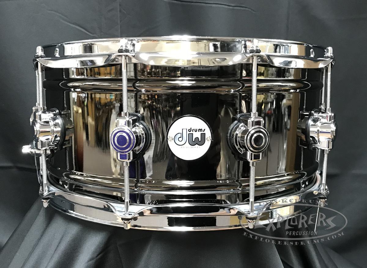 dw design series snare drum black nickel over brass shell