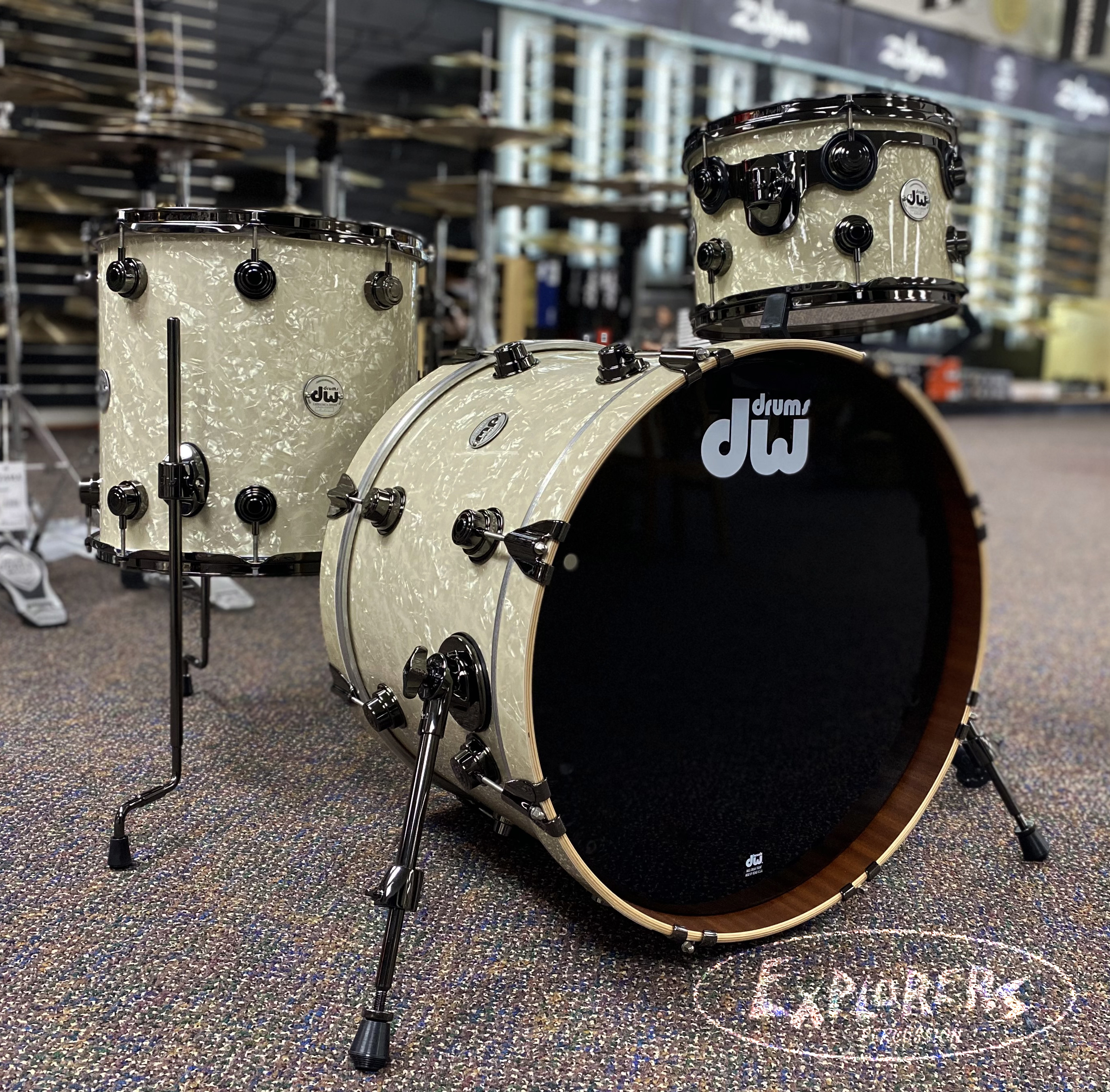 DW Collectors Drum Kit in Vintage Marine Pearl Maple/Mahogany 3pc Shell Pack