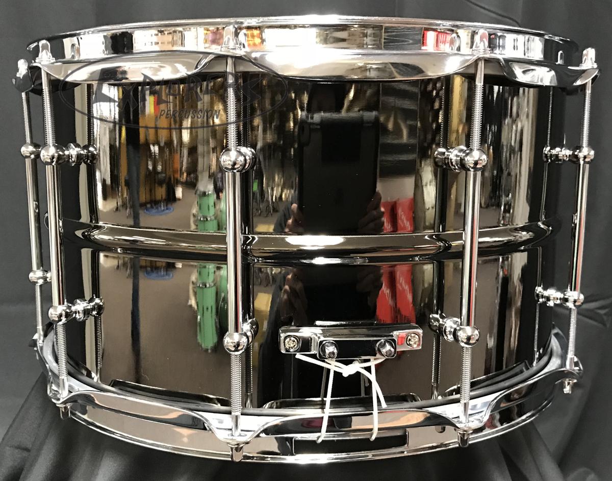 ludwig snare drum black magic 8x14 black nickel over brass w chrome hardware. Black Bedroom Furniture Sets. Home Design Ideas