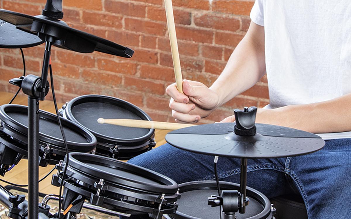 Alesis Nitro Mesh Head 8 Piece Electronic Drum Set