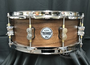 DW PDP Limited Edition Snare Drum 5.5x14 Concept Series Maple/Walnut 20 Ply Hybrid Shell - Natural Satin Finish