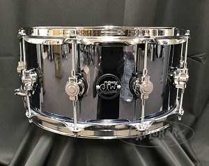 DW Snare Drum Performance Series 8x14 Maple Shell in Chrome Shadow